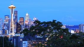 Vista centro da cidade de Seattle, Washington no crepúsculo fotos de stock royalty free