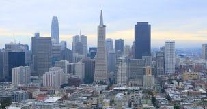 Vista centro da cidade 4K de San Francisco, Califórnia vídeos de arquivo