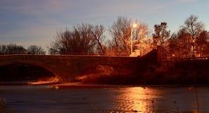 Vista cercana de un puente agradable fotografía de archivo libre de regalías