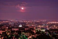 Vista a Città Vecchia Citta Alta di Bergamo da San Vigilio Hill Fotografia Stock Libera da Diritti