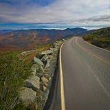 Vista com o folliage da queda do Mt Washington, New Hampshire, EUA foto de stock royalty free