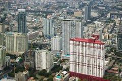Vista con il grattacielo bangkok thailand Immagini Stock
