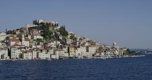 Vista costiera di Sibenik video d archivio
