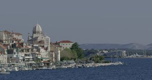 Vista costiera di Sibenik video d archivio