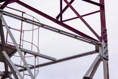 Vista d'acciaio della costruzione da sotto Fotografia Stock Libera da Diritti
