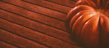 Vista da abóbora na tabela durante Dia das Bruxas Fotografia de Stock Royalty Free