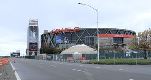Vista da arena de Oracle em Oakland, casa dos guerreiros 4K do Golden State de NBA video estoque