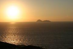 Vista da baía do matala na ilha crete em Grécia Foto de Stock