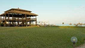 Vista da barra da praia vídeos de arquivo