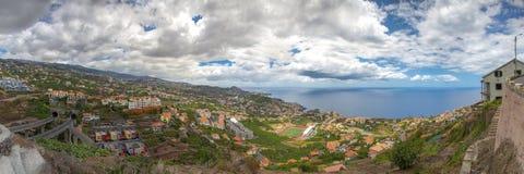 Vista da Camara de Lobos a São Martinho, Madera fotografia stock