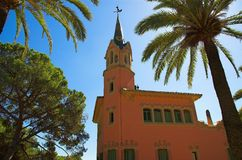 Vista da casa de Gaudi no parque Guell Fotos de Stock Royalty Free
