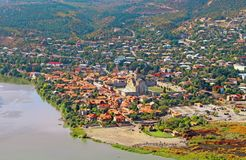 Vista da catedral de Svetitskhoveli em Mtskheta Imagens de Stock Royalty Free