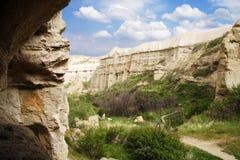 Vista da caverna ao vale de Uchhisar Imagem de Stock Royalty Free