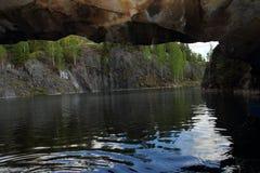 Vista da caverna da pedreira de mármore Imagem de Stock