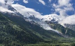 Vista da Chamonix-Mont-Blanc sul massiccio di Mont Blanc Alpi francesi Fotografie Stock