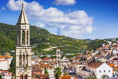 Vista da cidade de Hvar, ilha de Hvar, Dalmácia, Croácia fotografia de stock royalty free