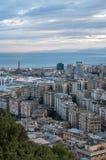 Vista da cidade italiana Genoa durante o por do sol Imagens de Stock Royalty Free