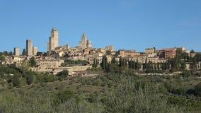 A vista da cidade medieval de San Gimignano, dia ensolarado de setembro Italy vídeos de arquivo