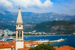 Vista da cidade velha de Budva, cidade murada medieval, Montenegro Imagens de Stock Royalty Free