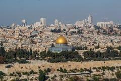 Vista da cidade velha do Jerusalém e do Temple Mount, Jerusalém foto de stock royalty free