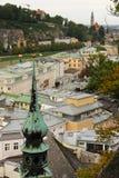 Vista da cidade velha Salzburg Áustria fotos de stock royalty free