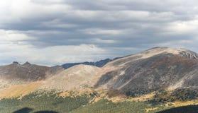 Vista da cimeira nas montanhas rochosas P nacional Fotos de Stock