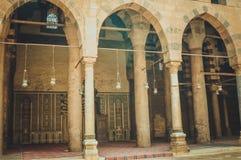 vista da construção velha na mesquita velha em Egito fotografia de stock