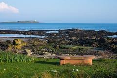 Vista da costa ao mar foto de stock