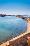Vista da costa de mar em Chania, ilha da Creta, Grécia Fotografia de Stock Royalty Free