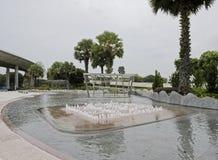 Vista da fonte em Marina Barrage imagem de stock royalty free