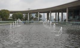 Vista da fonte em Marina Barrage fotografia de stock royalty free