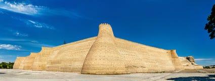 Vista da fortaleza da arca em Bukhara, Usbequistão imagem de stock royalty free