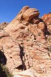 Vista da garganta vermelha da rocha no deserto de Mojave. Fotos de Stock
