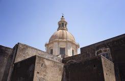 Vista da igreja de St Nicholas Arena foto de stock