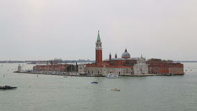 Vista da igreja velha de San Giorgio Maggiore de cima de filme
