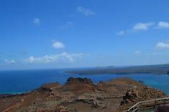 Vista da ilha de Bartolome Fotografia de Stock Royalty Free