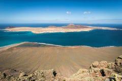 Vista da ilha de Graciosa de Mirador del Rio, ilha de Lanzarote, Foto de Stock Royalty Free