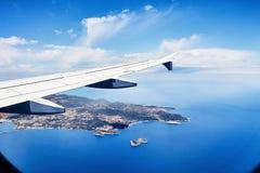 Vista da janela de um avião no ibiza Foto de Stock Royalty Free