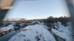 Vista da janela de um trem de passageiros vídeos de arquivo