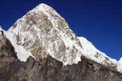 Vista da Kalapattar sul Pumo Ri 7165m Fotografia Stock