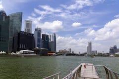 Vista da Marina Bay Pier Fotografia Stock Libera da Diritti