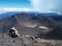 Vista da montagem Ngauruhoe para montar Ruapehu Fotografia de Stock Royalty Free