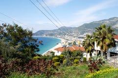 Vista da montanha na praia do ` s de Cleopatra em Alanya Turquia Dia ensolarado Foto de Stock