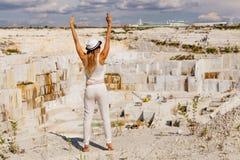 Vista da pedreira de mármore imagens de stock