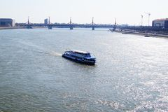 Vista da ponte sobre o Danúbio Budapest fotos de stock