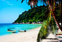 Vista da praia da ilha de Perhentian Imagens de Stock