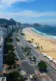 Vista da praia de Copacabana fotos de stock royalty free