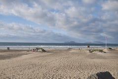 Vista da praia de Famara fotos de stock