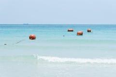 Vista da praia de Namsai em Sattahip, Chon Buri, Tailândia Fotos de Stock