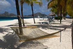 Vista da praia do Casuarina na ilha de palma, São Vicente e Granadinas. fotografia de stock royalty free